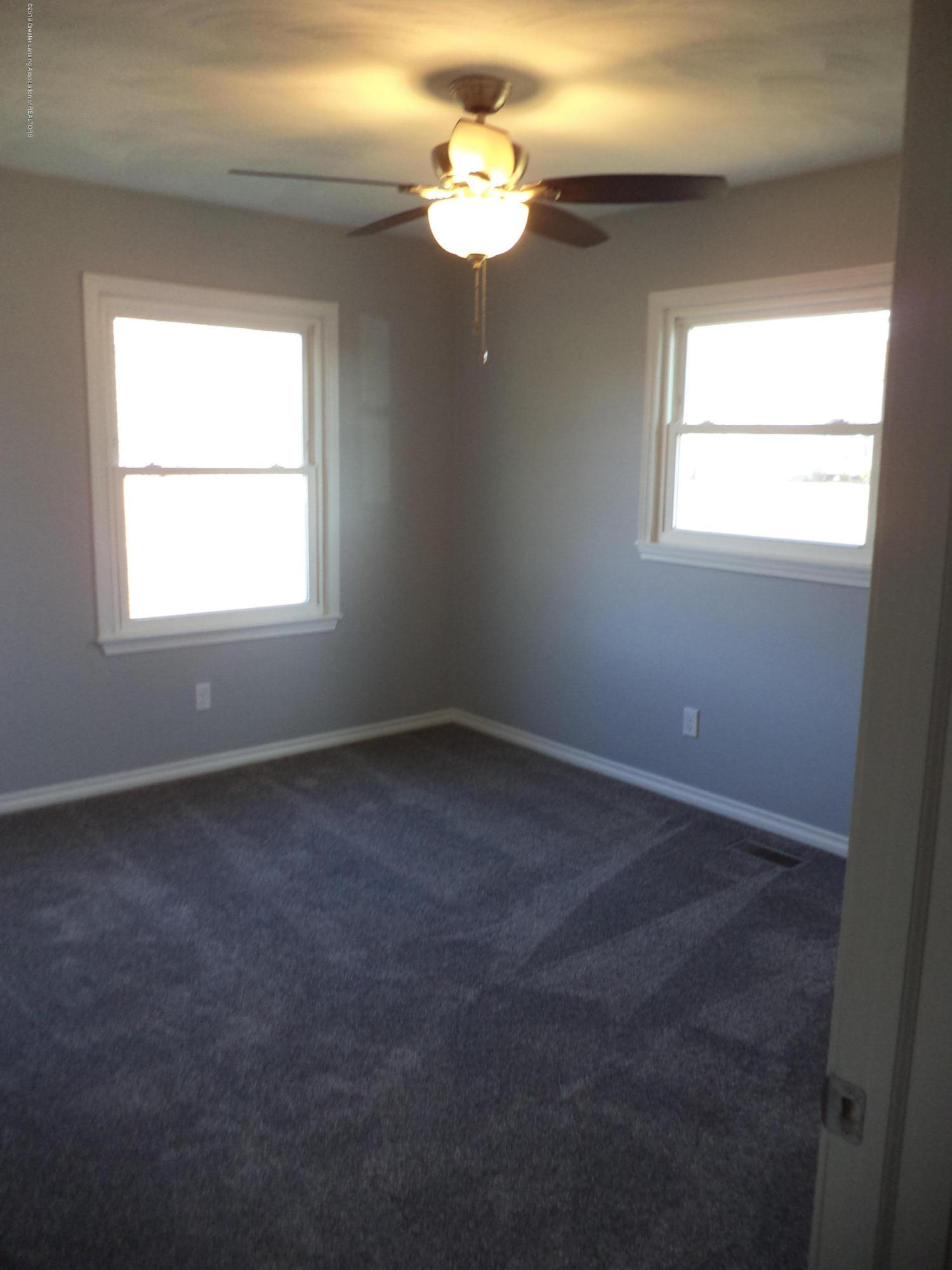 3200 S Dewitt Rd - NE Bedroom - 21