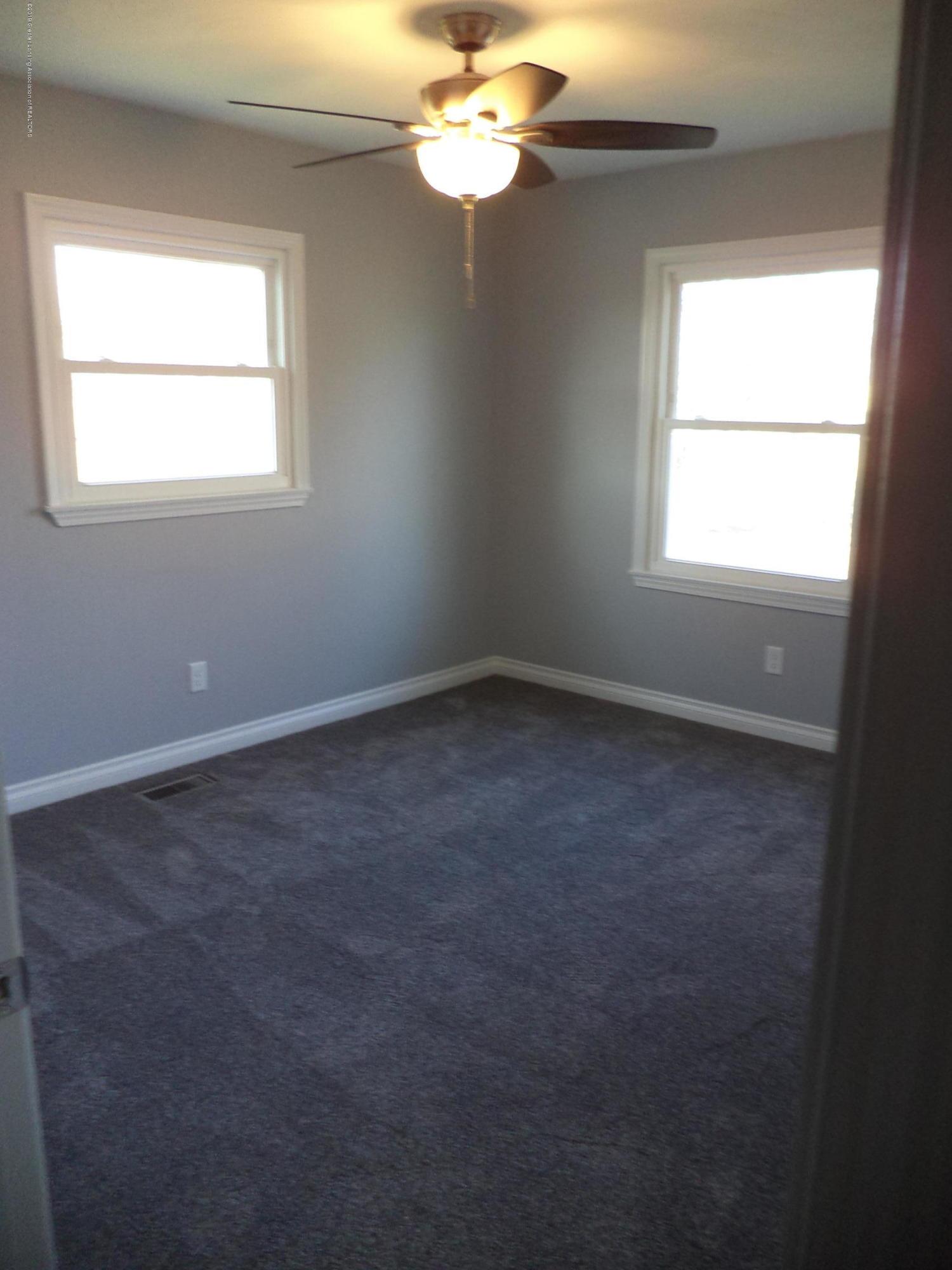 3200 S Dewitt Rd - NW Bedroom - 18