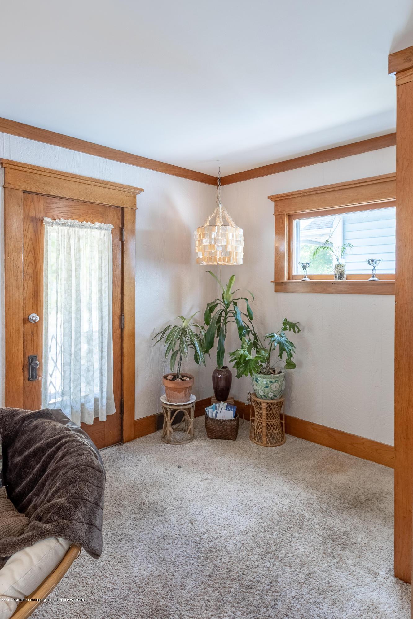 1300 E Oakland Ave - Living Room - 14