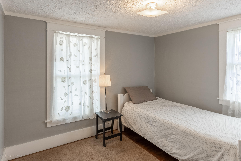1300 E Oakland Ave - Bedroom - 16