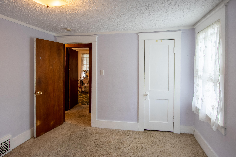 1300 E Oakland Ave - Bedroom - 21