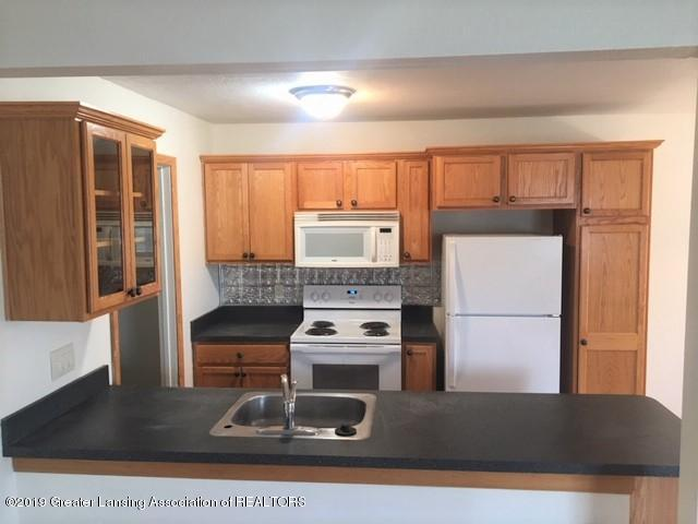 3946 Hunters Ridge Dr APT 4 - Kitchen - 4