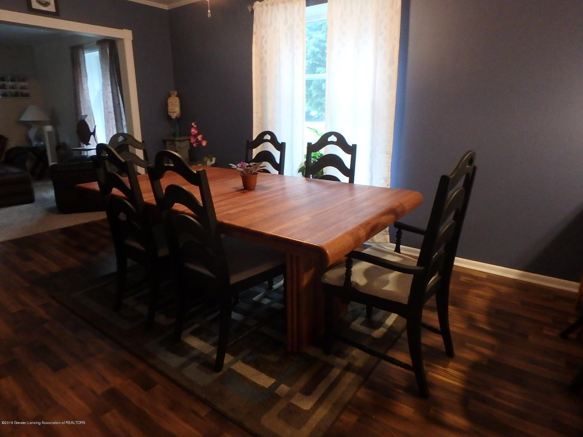 315 Pleasant St - Dining Room - 5
