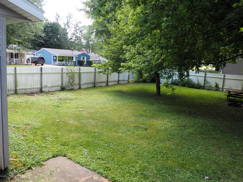 415 Morley St - Backyard - 8