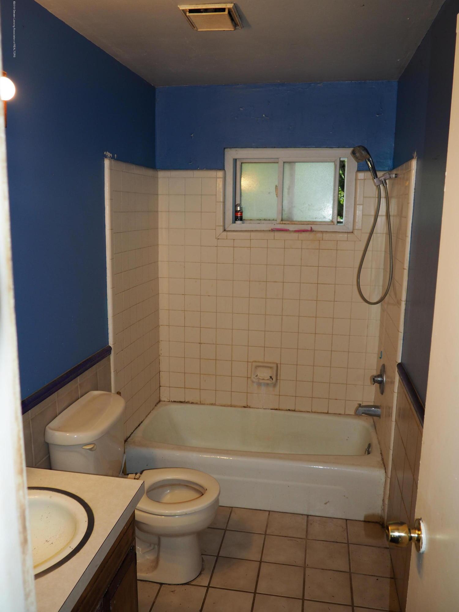 415 Morley St - Bathroom - 4