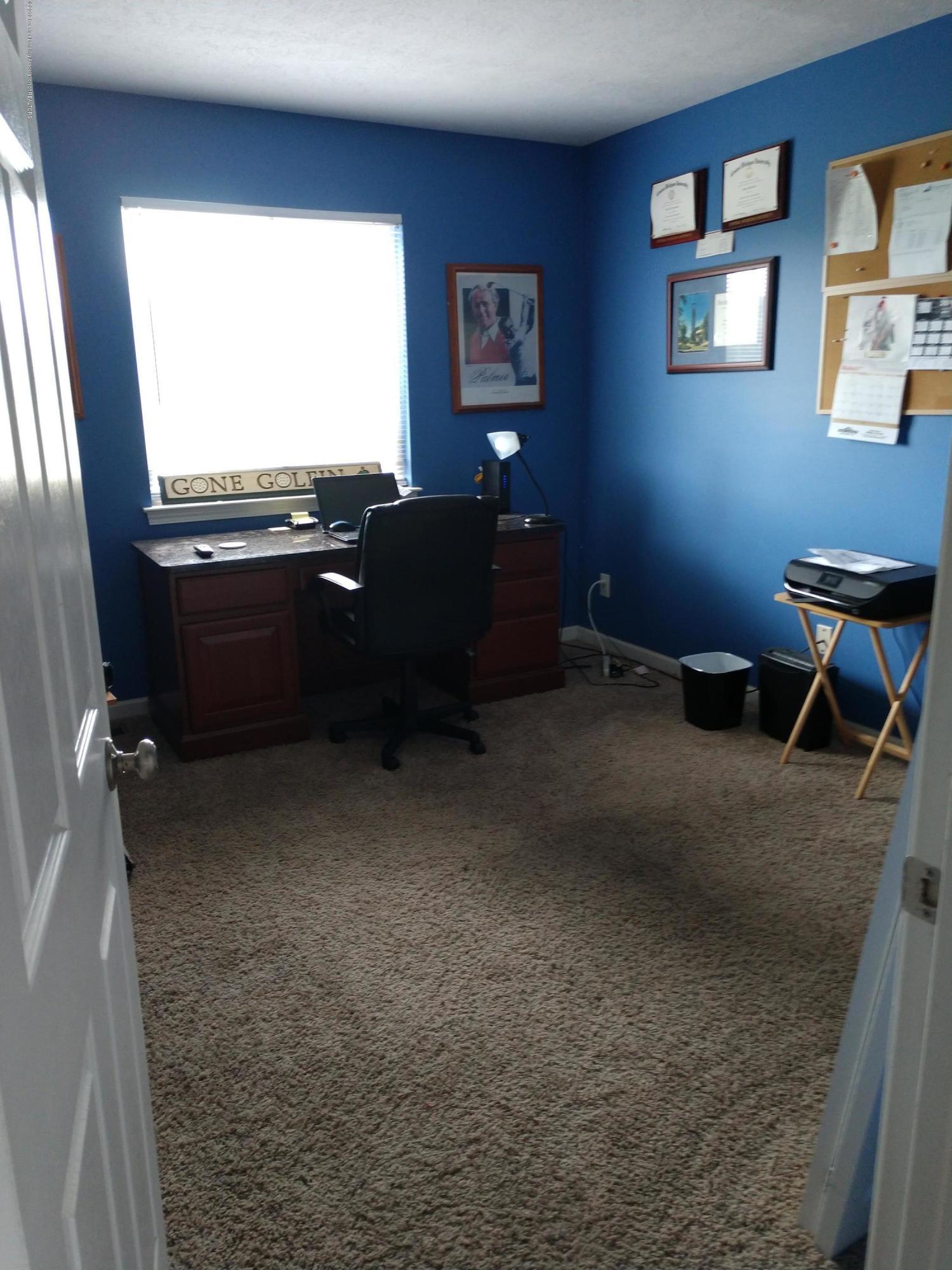 1273 Evans St - Bedroom - 9