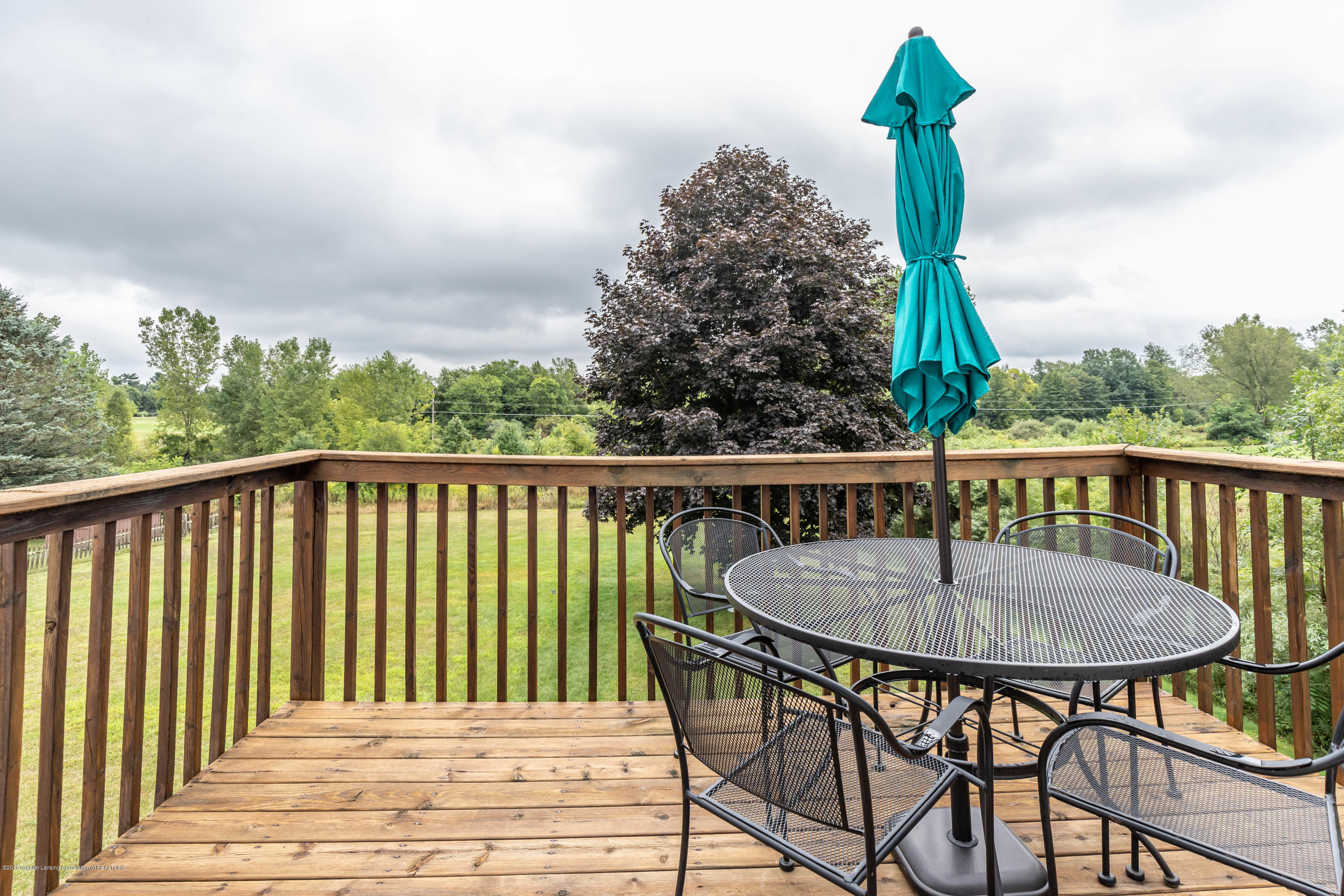1011 Turner Rd - turnerporch (1 of 1) - 31
