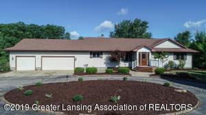 10091 Barnes Road, Eaton Rapids, MI 48827
