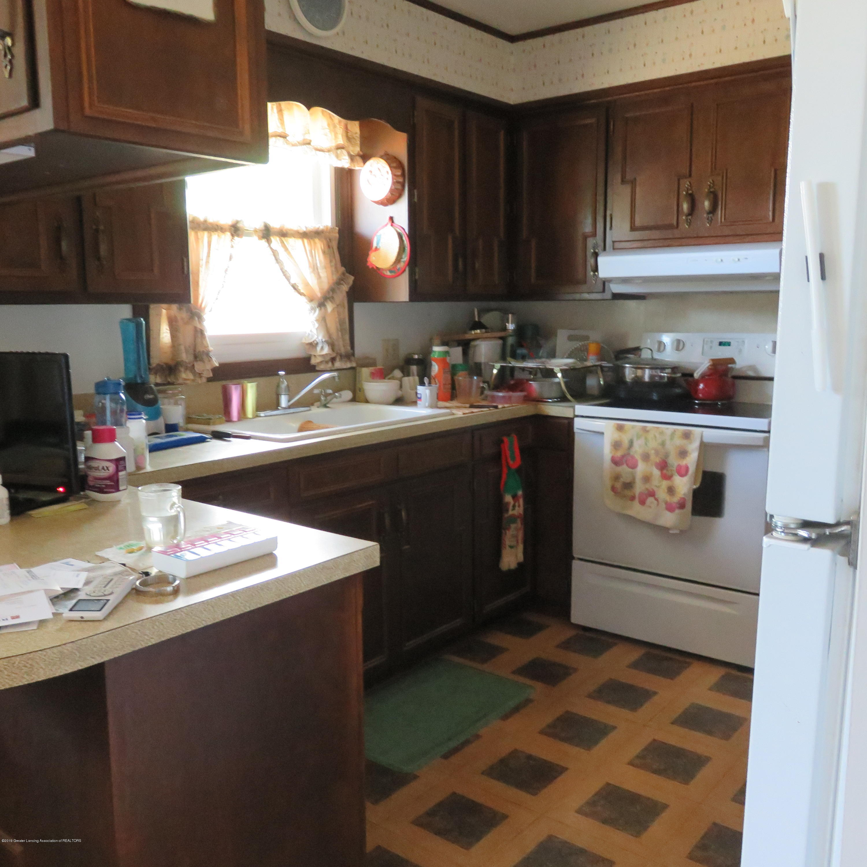 2117 Holly Dr - 2 Kitchen - 3