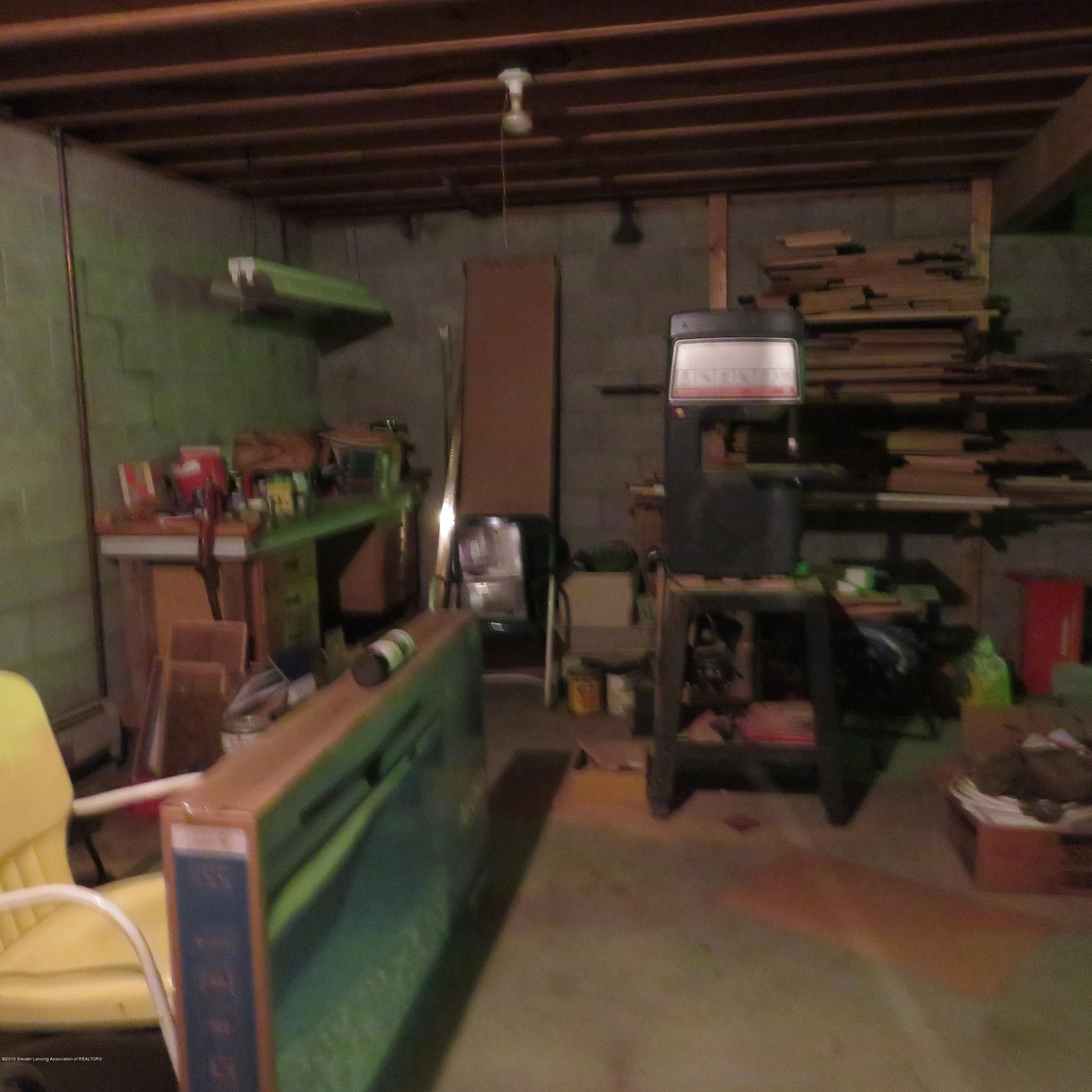 2117 Holly Dr - 11 woodworking area - 14