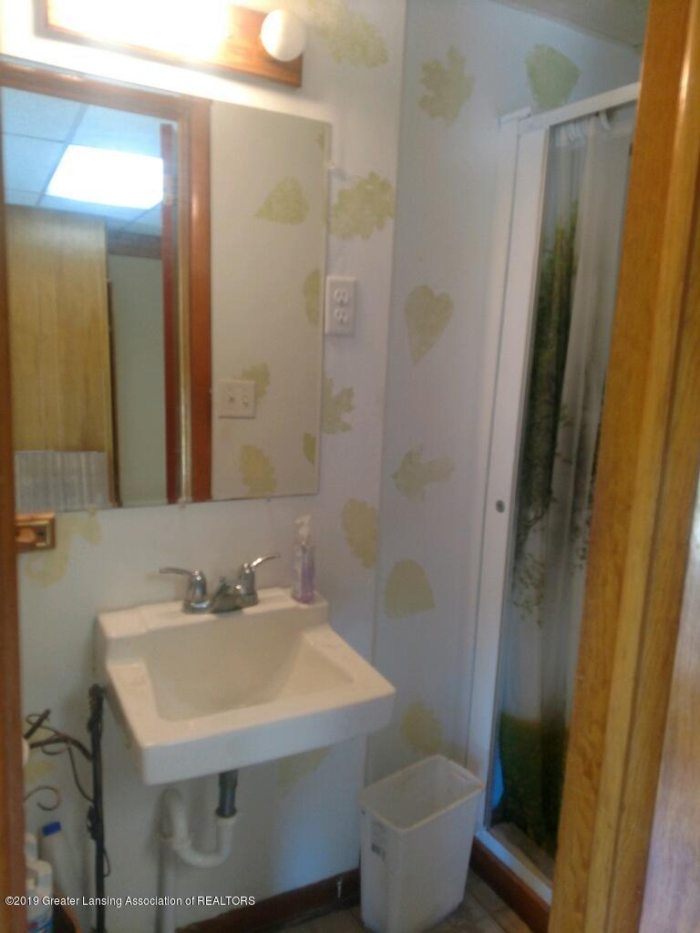1235 Battle Creek Rd - Bathroom - 25
