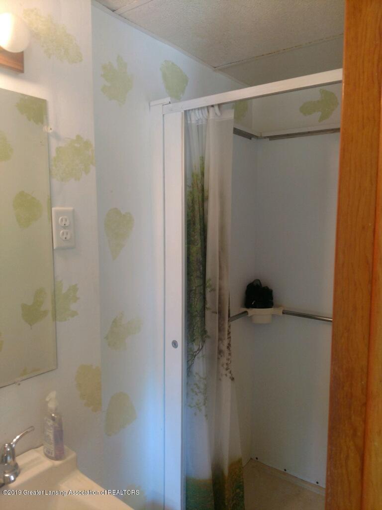 1235 Battle Creek Rd - Bathroom - 26