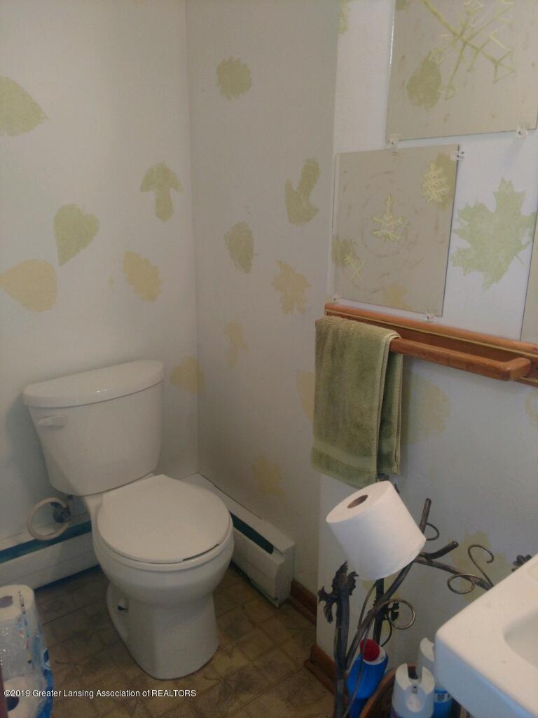 1235 Battle Creek Rd - Bathroom - 27