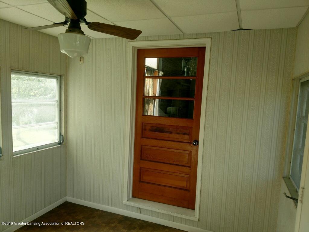 1235 Battle Creek Rd - Three Seasons Room - 43