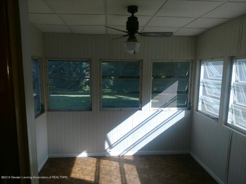 1235 Battle Creek Rd - Three Seasons Room - 44