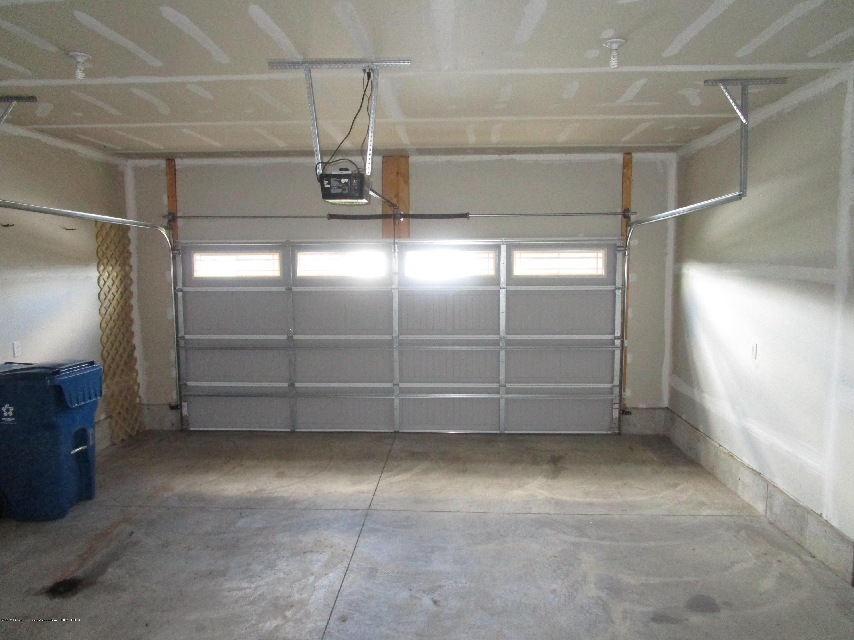 1095 Huber Ponds Dr - 23 Garage - 23