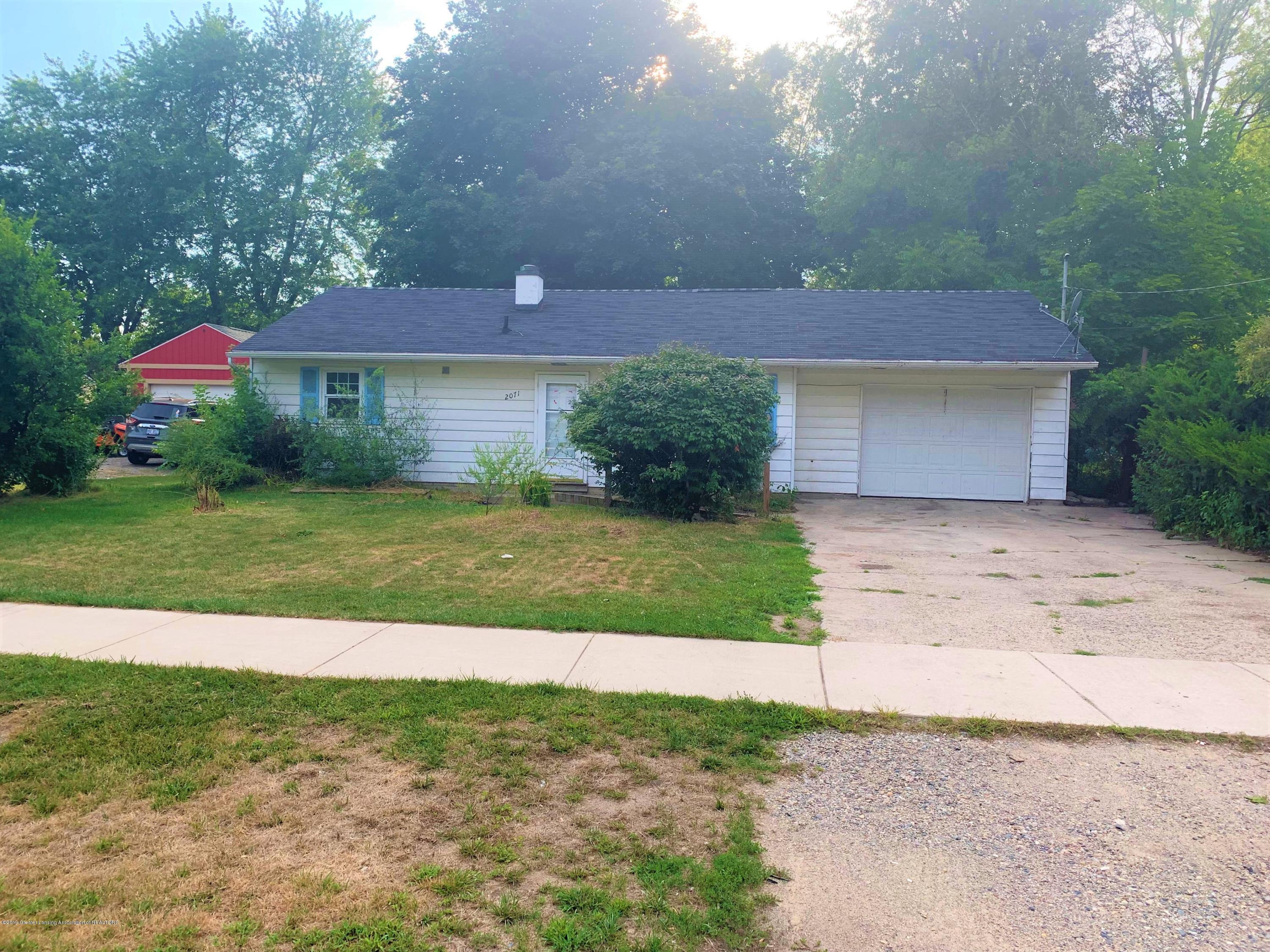 2071 Adelpha Ave - Front - 1