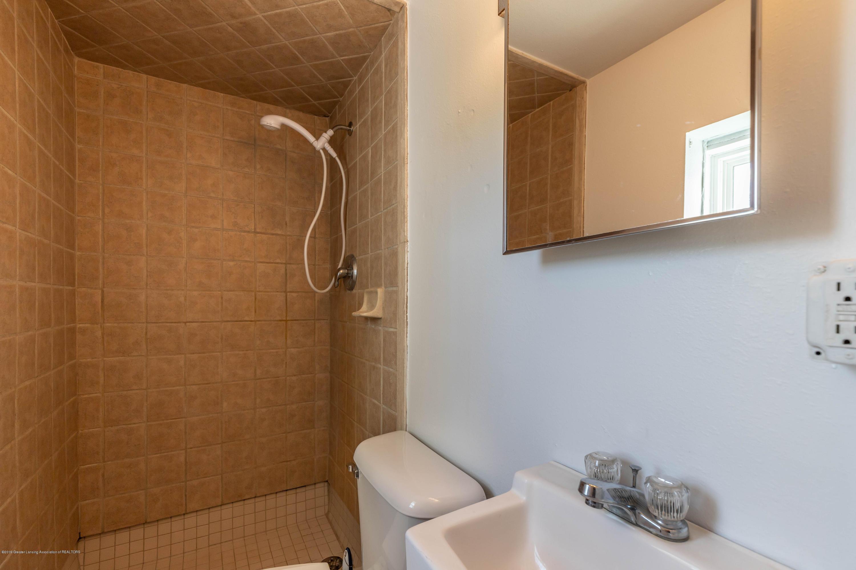 904 E Webb Dr - Bathroom - 21