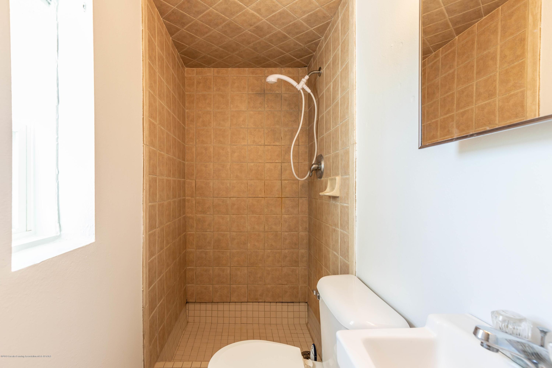 904 E Webb Dr - Bathroom - 19