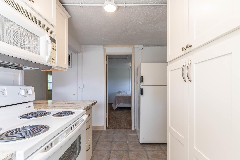 904 E Webb Dr - Kitchen - 11