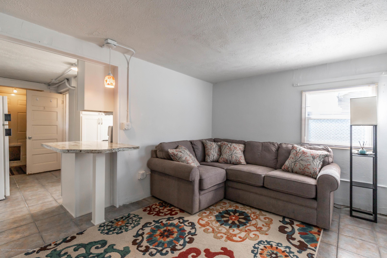 904 E Webb Dr - Living room - 4
