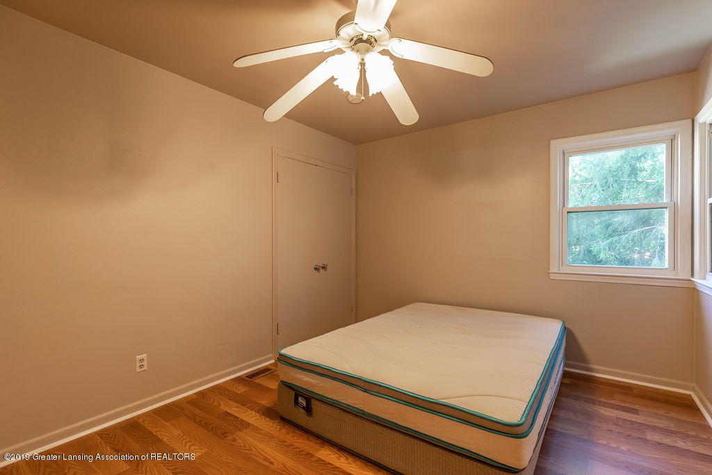 5205 E Brookfield Dr - brookfieldbed21(1of1) - 13