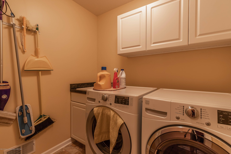 1075 Oakwood Dr - oakwoodlaundry (1 of 1) - 16