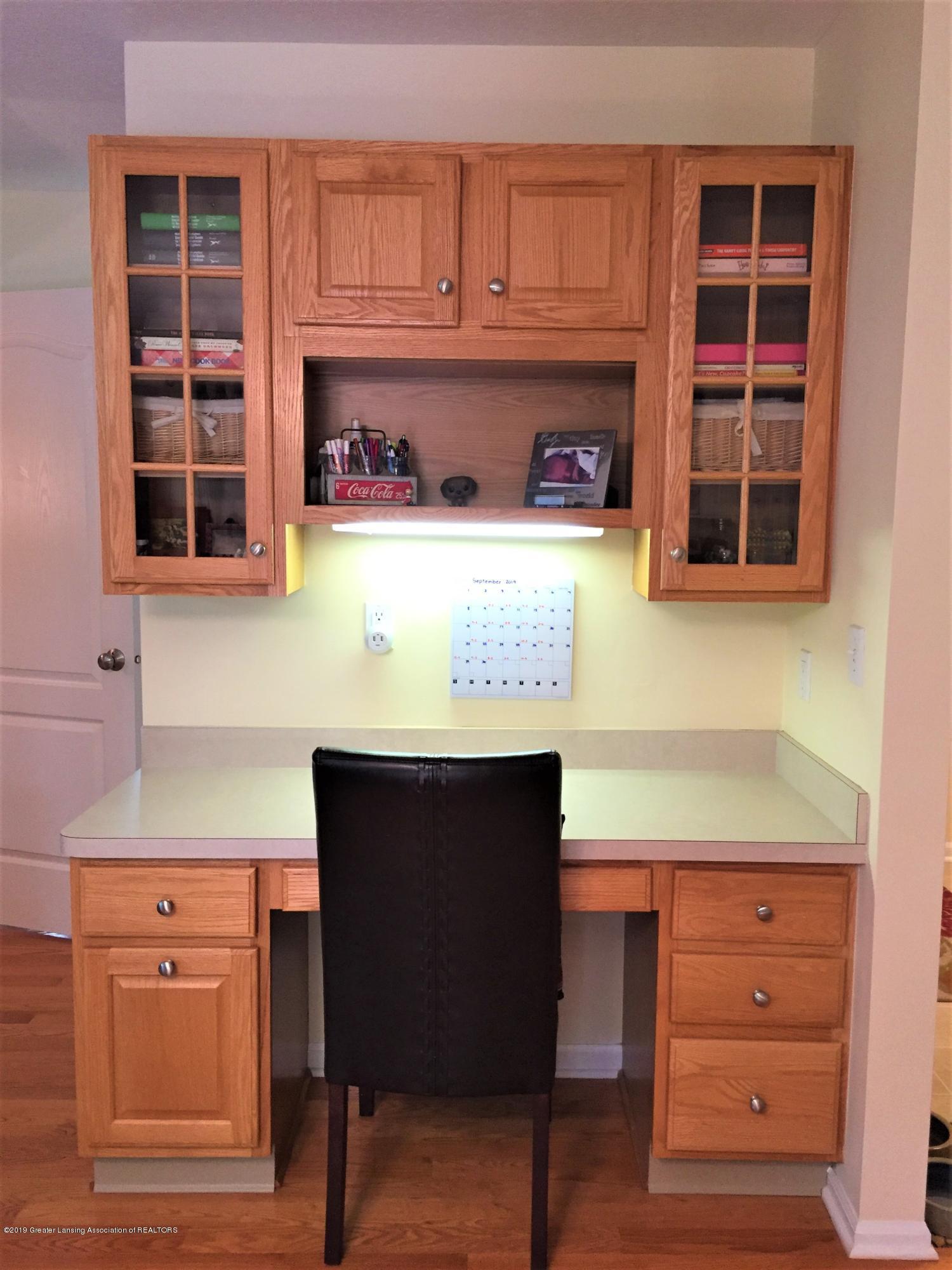 8617 Wheatdale Dr - Built in Desk/Kitchen - 11