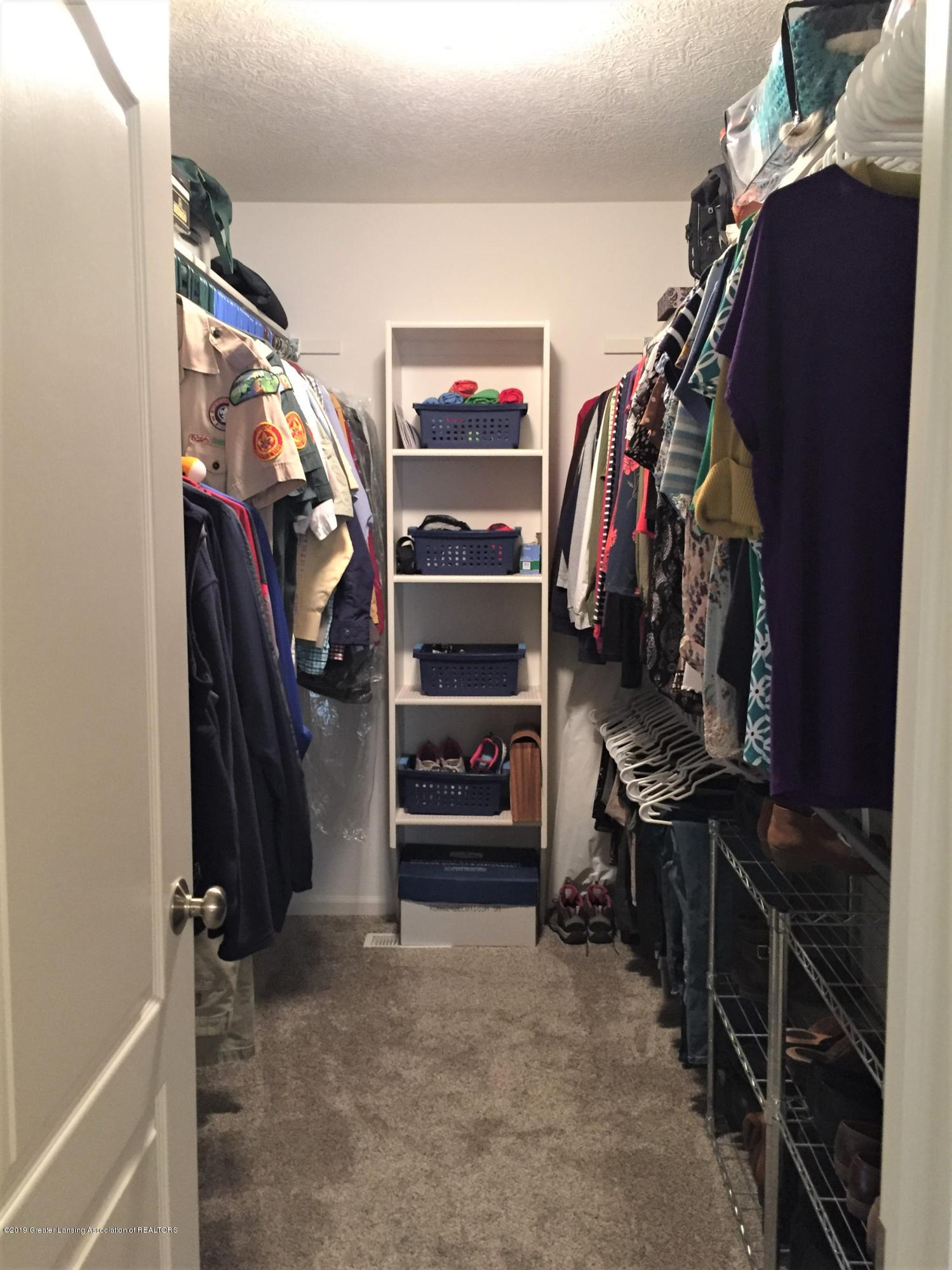 8617 Wheatdale Dr - Master Closet - 24
