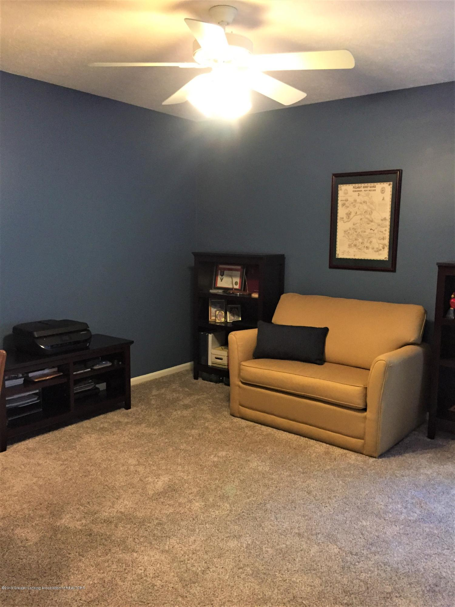 8617 Wheatdale Dr - Upstairs Bedroom - 42