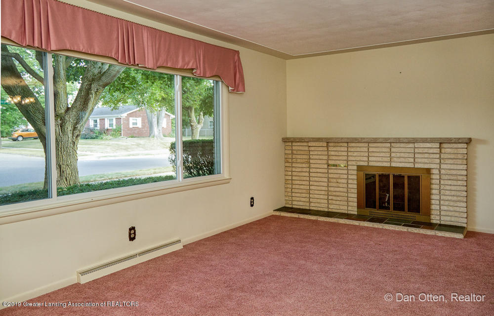 2530 Bedford Rd - IMG_2579-3 - 5