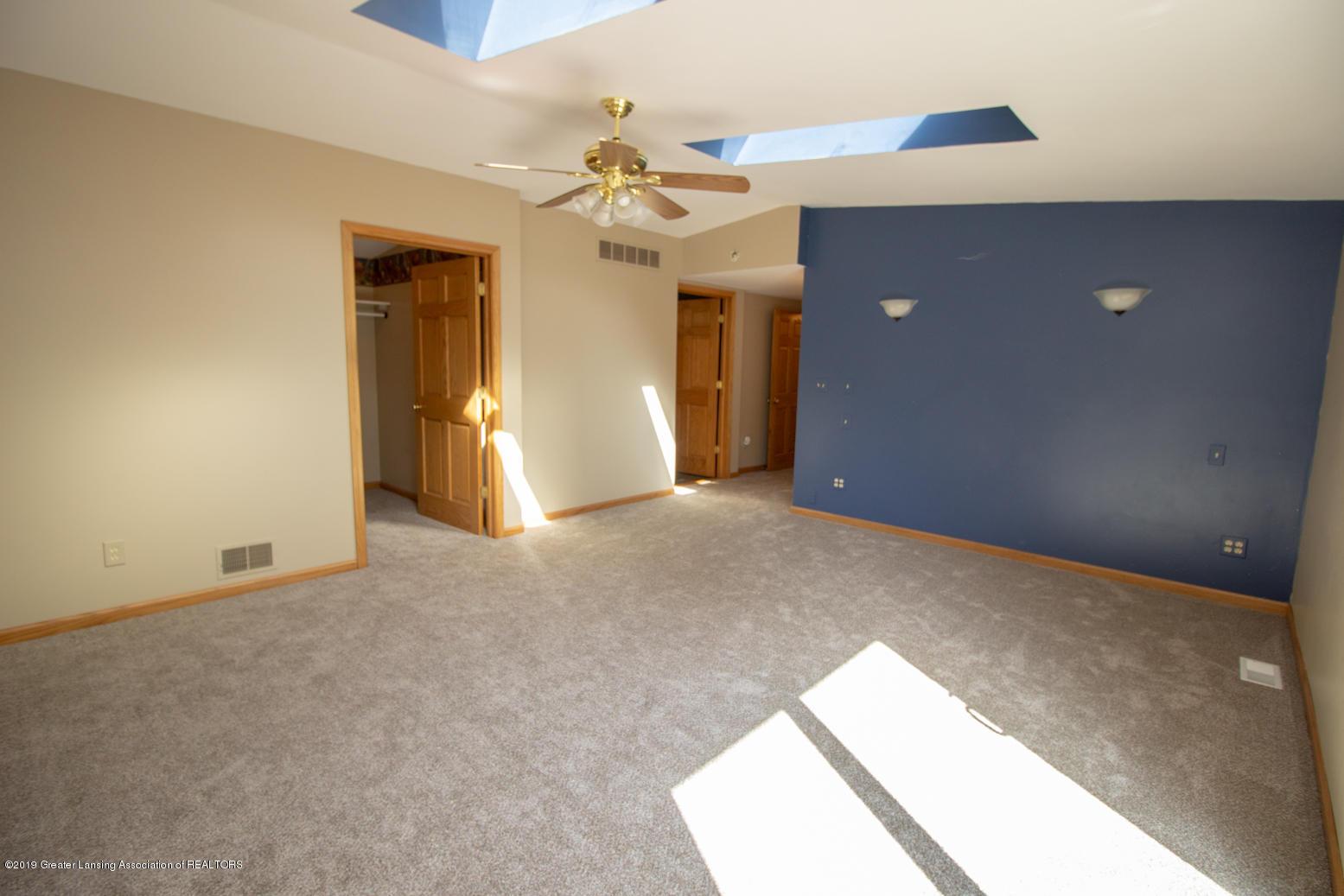 5891 Zimmer Rd - IMG_9823 - 19