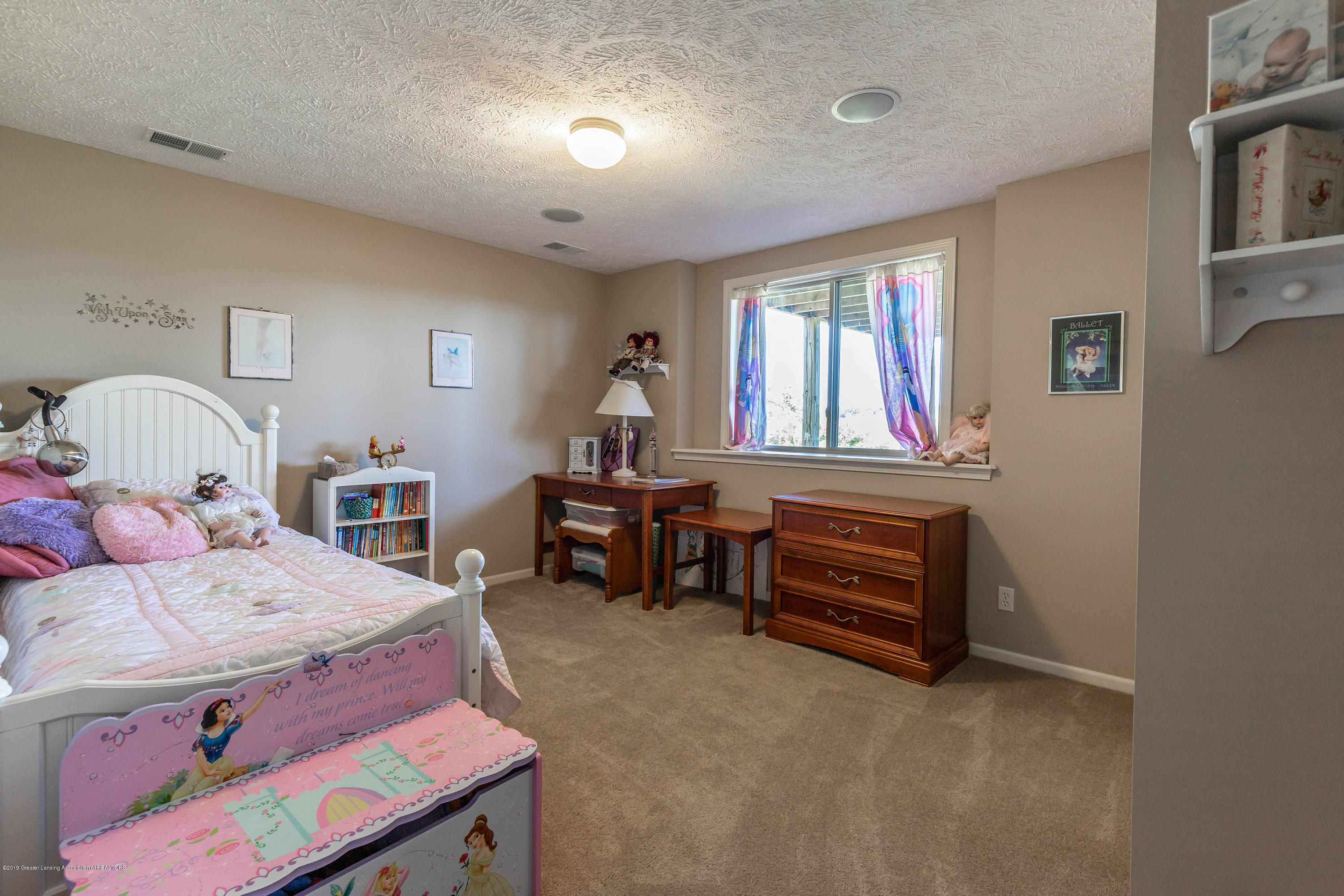15366 Classic Dr - MLS bed 3-2 - 38