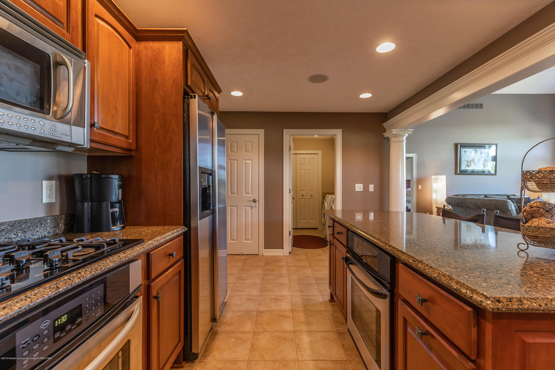 15366 Classic Dr - MLS kitchen 3 - 11