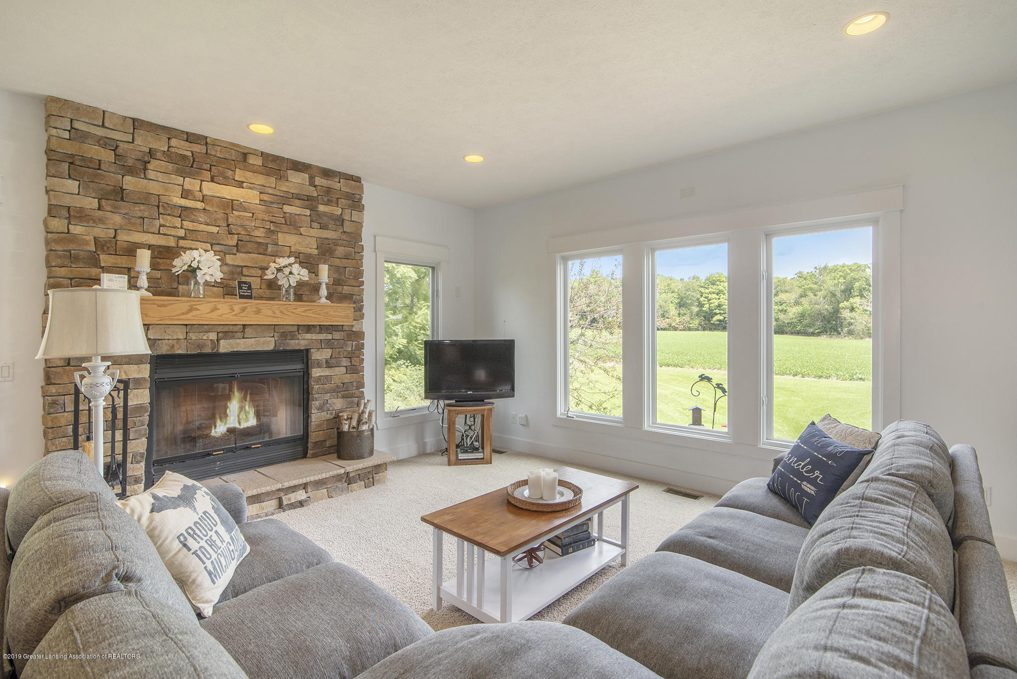 2217 Narrow Lake Rd - living room - 15