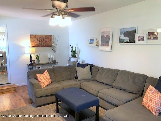 4322 Arbor Dr - Living Room - 6