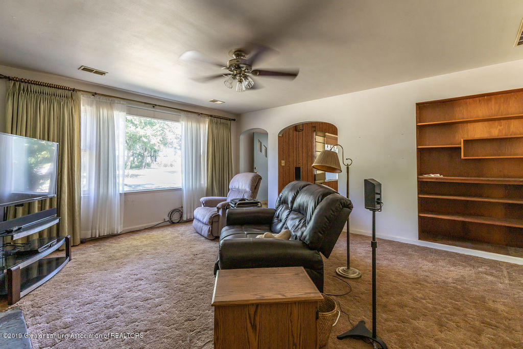 1323 Moores River Dr - mooresliving(1of1) - 2