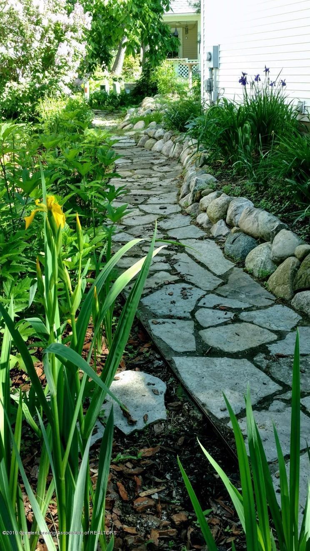 242 Abbott Woods Dr - Yard/Garden - 32