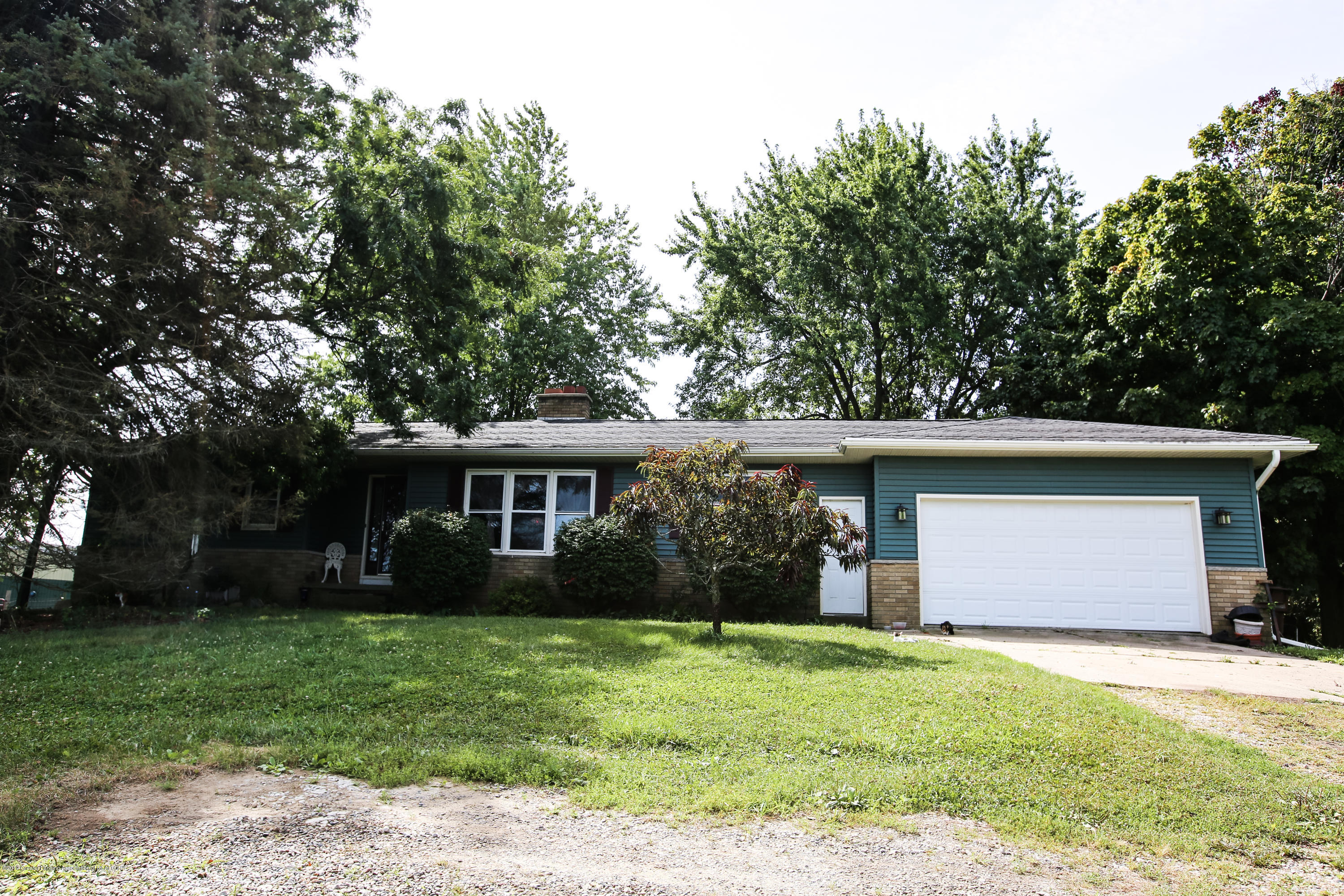 5953 W Cutler Rd - Front of Home - 3