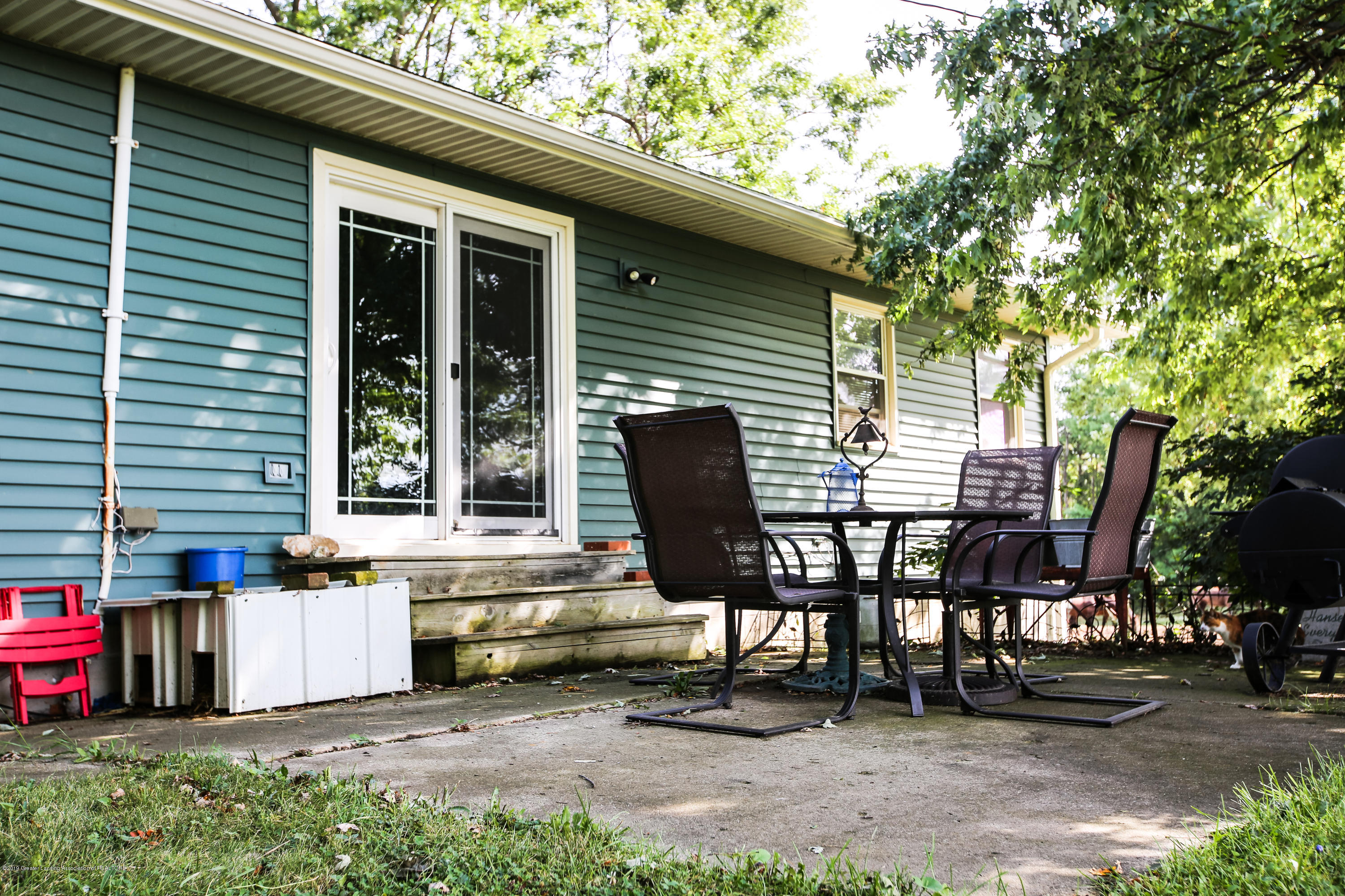 5953 W Cutler Rd - Back Patio - 5