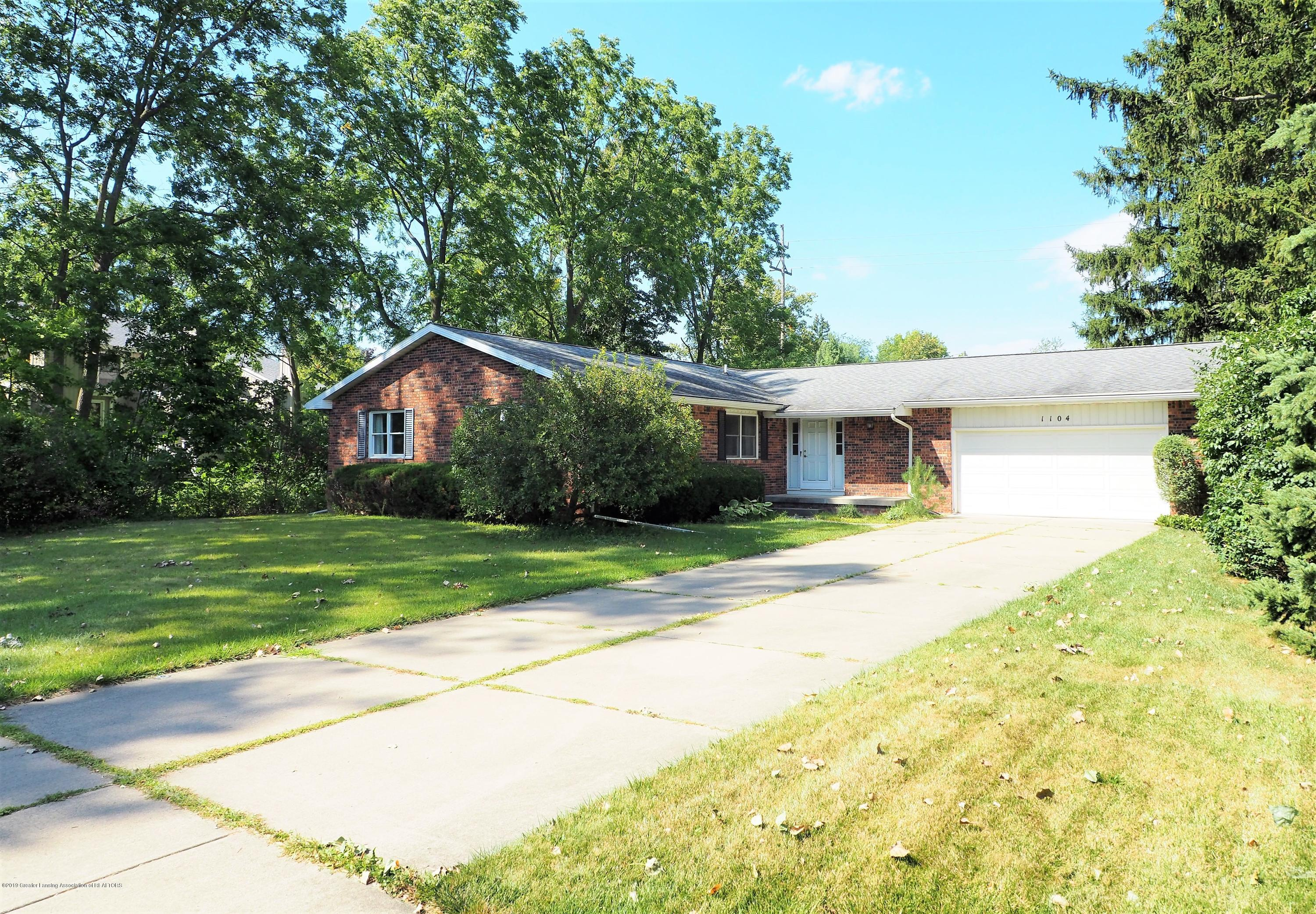 1104 Whitman Dr - P8291336 - 2