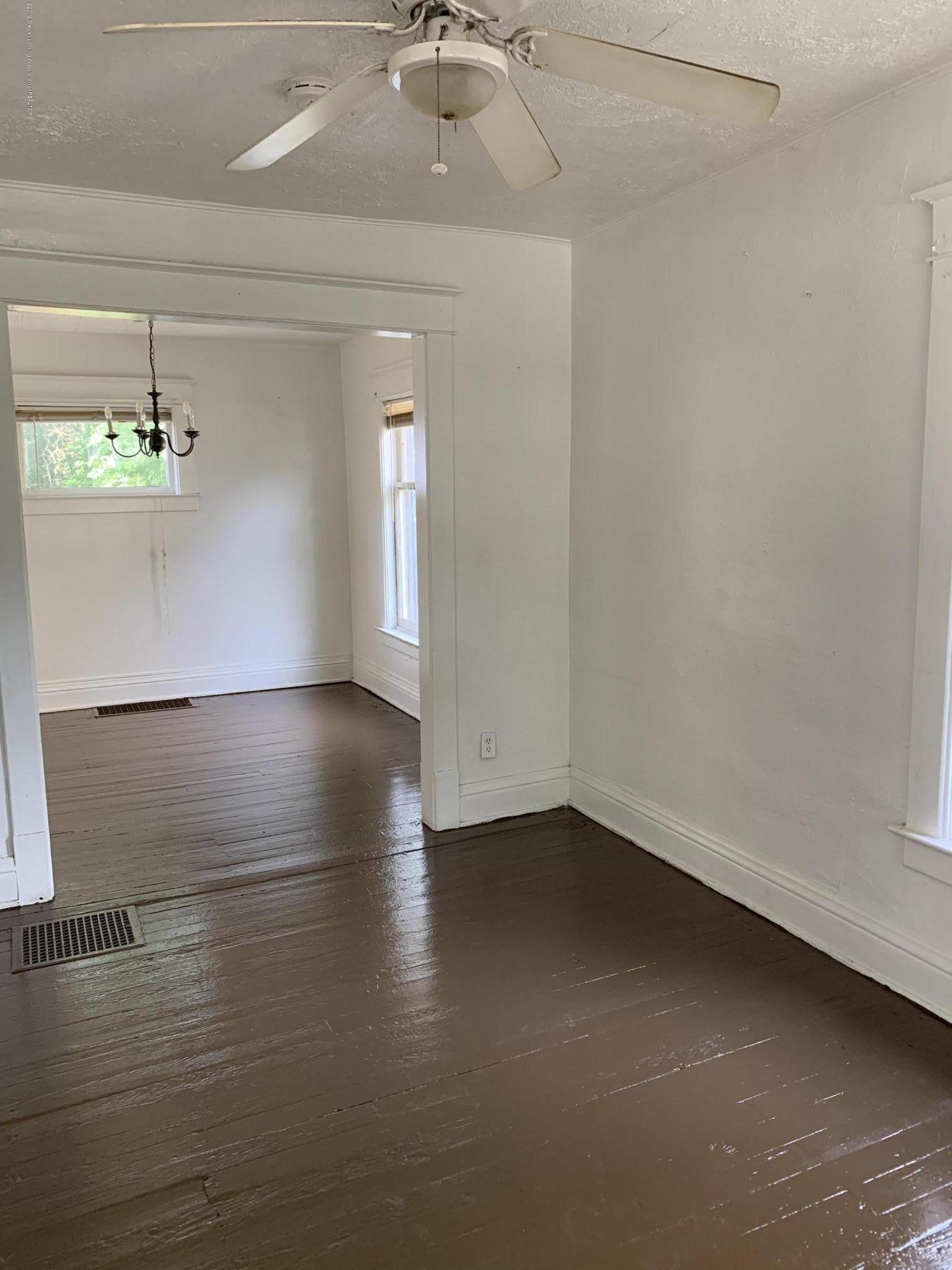 222 Lathrop St - Living and Dining Rooms - 3