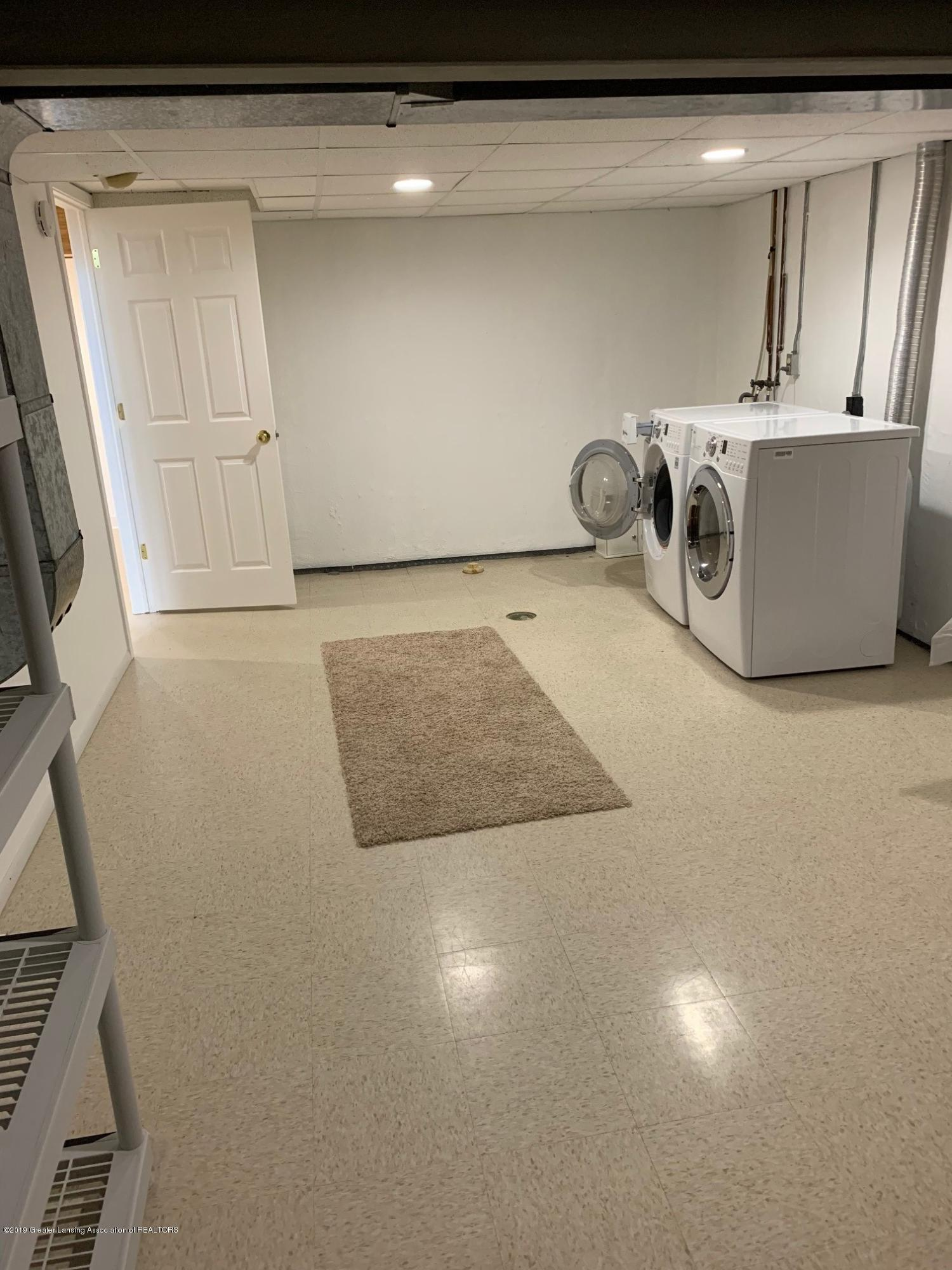 3722 Cavalier Dr 6 - laundry - 26