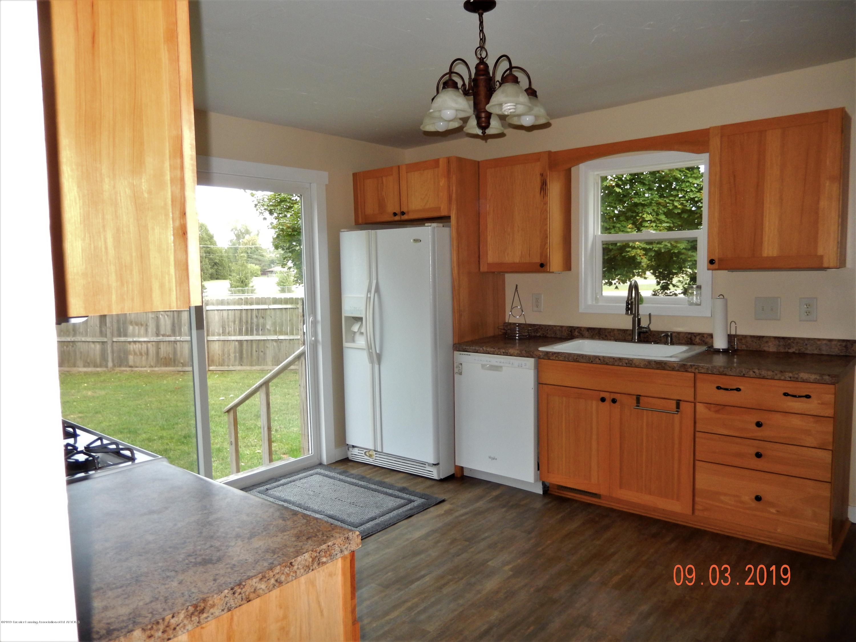 415 Brook St - kitchen3 - 31