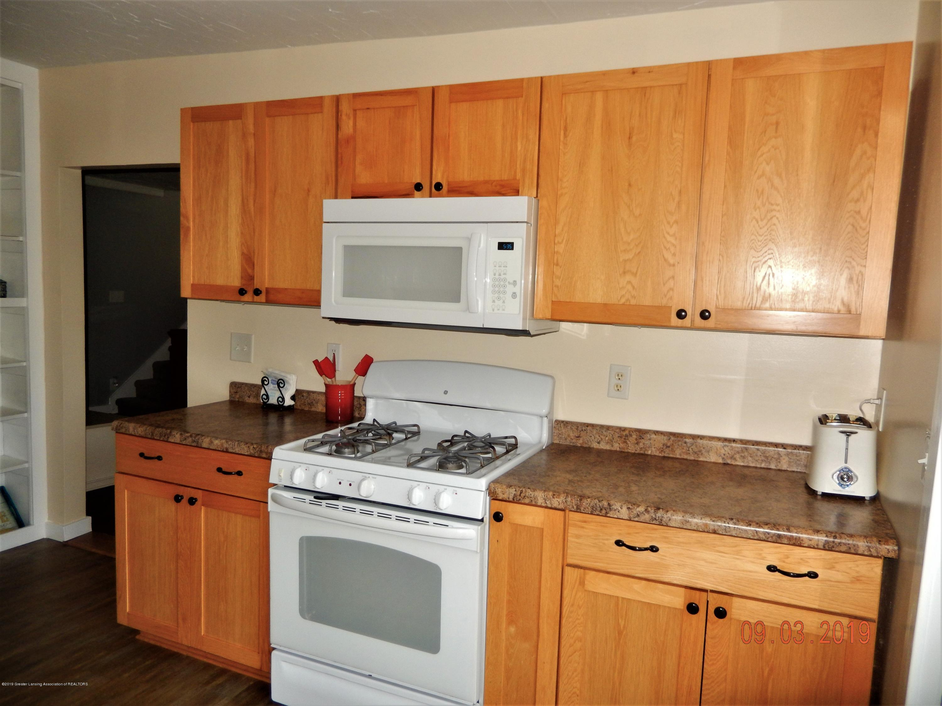 415 Brook St - kitchen4 - 32