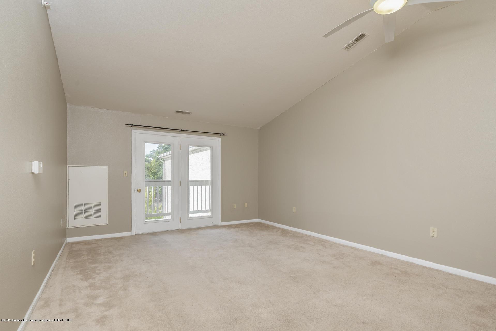 338 W Saginaw St UNIT 44 - 003-photo-living-room-7483690 - 4