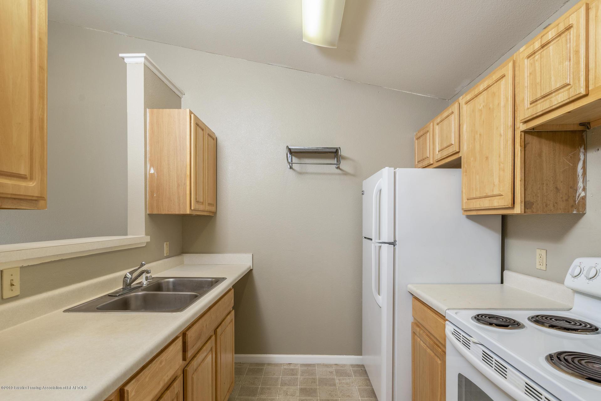 338 W Saginaw St UNIT 44 - 007-photo-kitchen-7483698 - 8