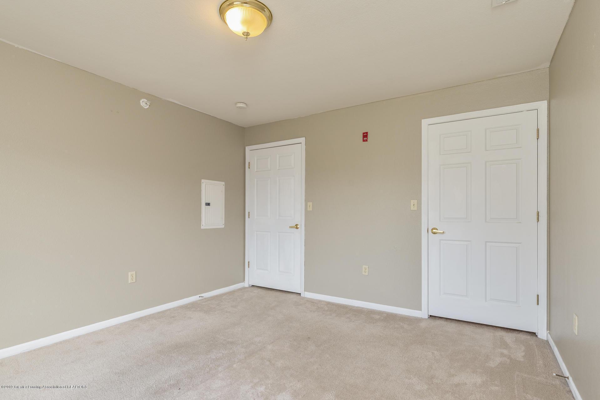 338 W Saginaw St UNIT 44 - 014-photo-bedroom-7483694 - 15