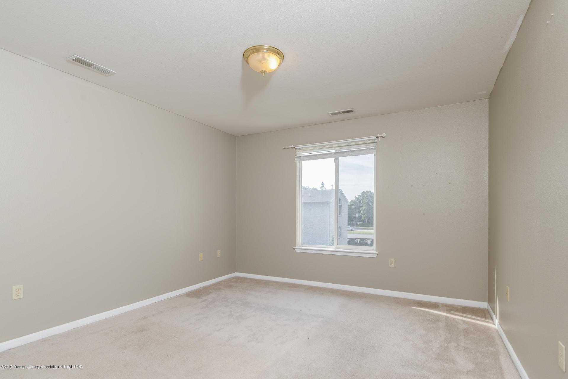 338 W Saginaw St UNIT 44 - 015-photo-bedroom-7483695 - 16