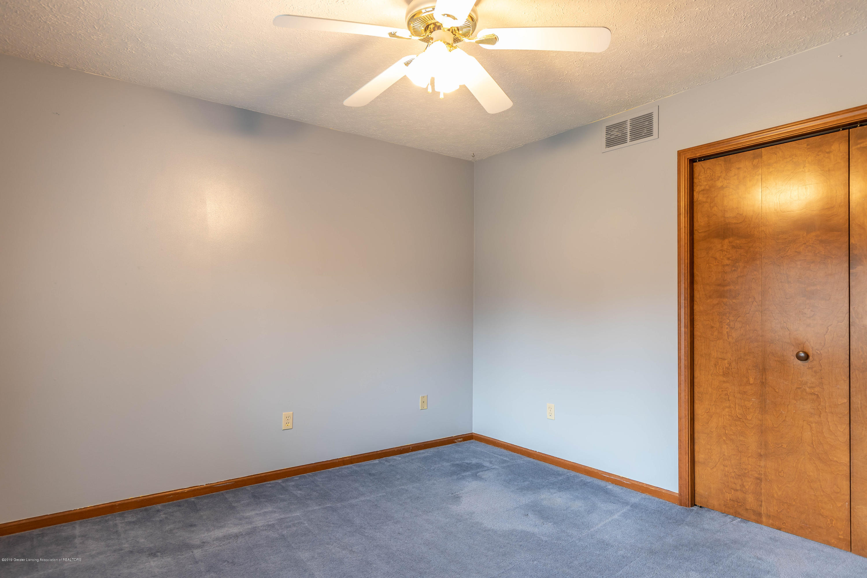 1258 Castlewood Cir - candlewoodbed1 (1 of 1) - 13
